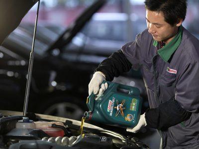 Kinh nghiệm lựa chọn dầu nhớt cho xe ô tô